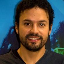 This picture showsJorge Gustavo  VINUEZA VILLAGRAN